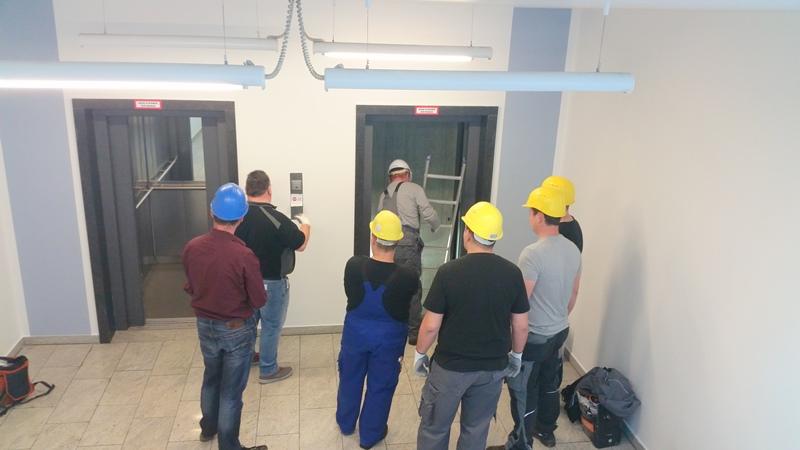 TDC Aufzugsmonteure bei OTIS ASU Schulung 20