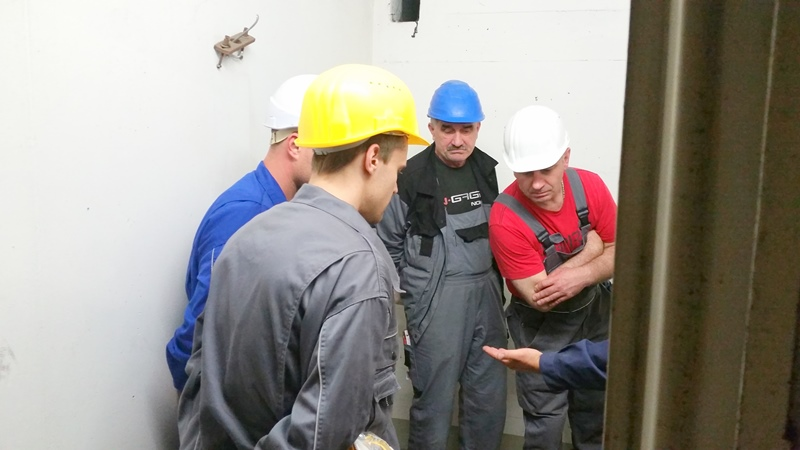 TDC Aufzugsmonteure bei OTIS ASU Schulung 22