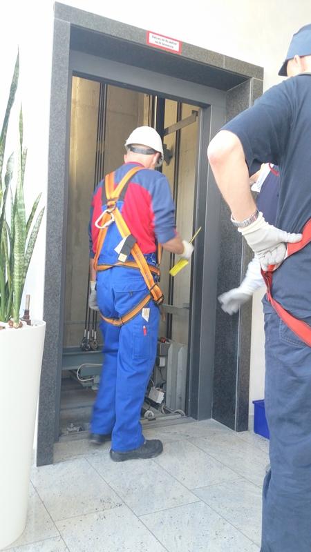 TDC Aufzugsmonteure bei OTIS ASU Schulung 26