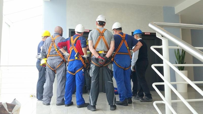TDC Aufzugsmonteure bei OTIS ASU Schulung 33