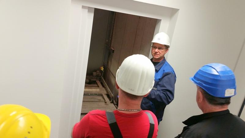 TDC Aufzugsmonteure bei OTIS ASU Schulung 35